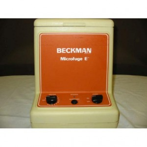 BECKMAN Model: E / 348720   MICROFUGE