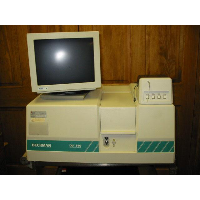 Beckman DU-640 UV-Vis spectrophotometer with sipper