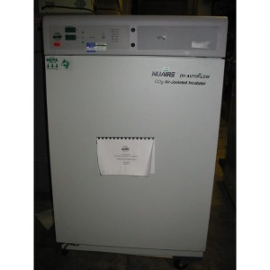 Nu-Aire Model NU-5500 air-jacketed CO2 incubator
